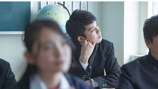 新型コロナウイルスによる 10代の進路・就職への影響は?